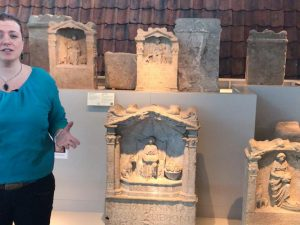 Nehalennia gedicht in RMO museum