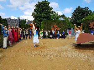 Female Energy dansen met alle aanwezigen in Tempelhof